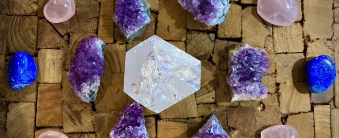Grille de cristaux